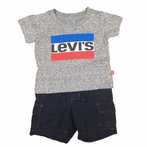 Levi's 12M T-Shirt with Old Navy Shorts 6-12M